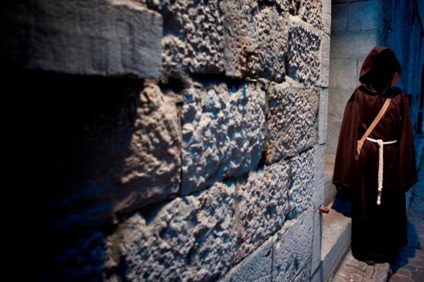 Spectre mur de pierre