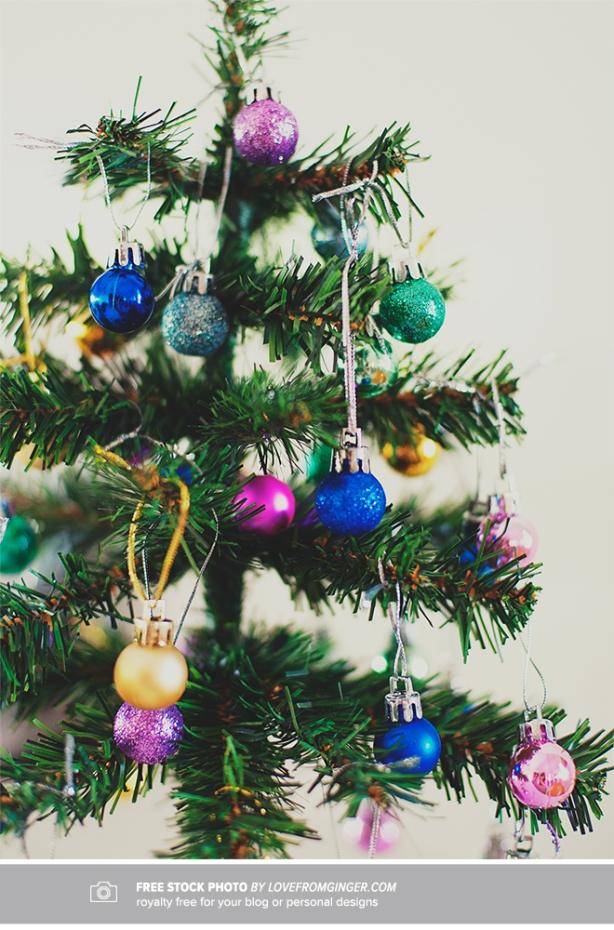 ChristmasTreeFreeStockPhotoLFG